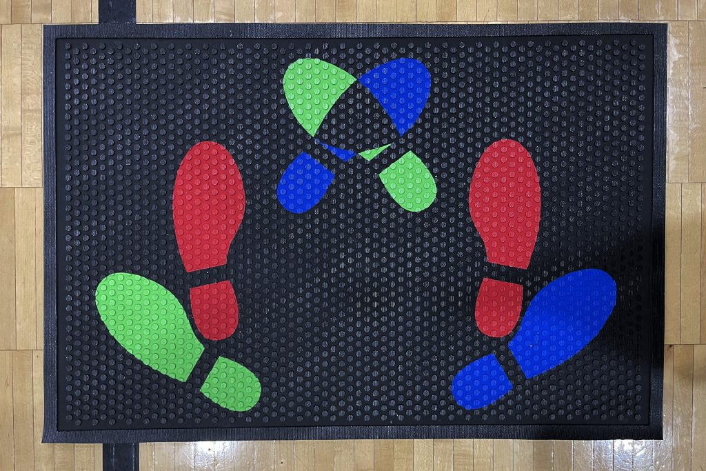 Foot Placement Mat for Team Composites
